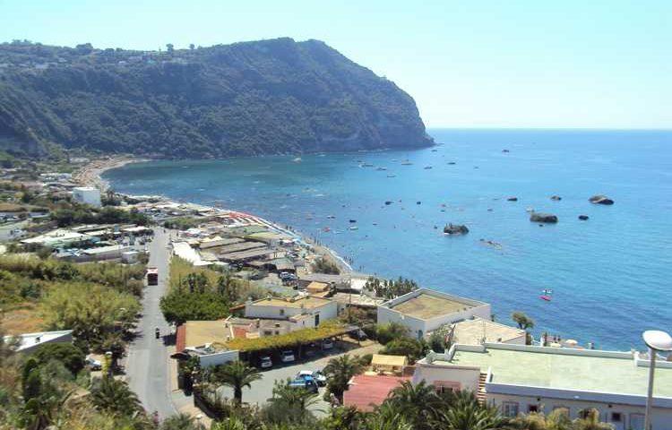 Una settimana a Ischia: sorgenti termali, buon cibo e natura