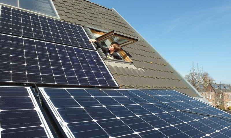 Come funziona una cella fotovoltaica